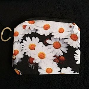 Other - NEW - Change purse or coin bag - Daisies